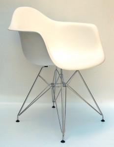 krzesło plastikowe białe